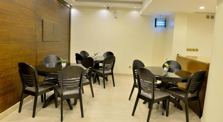Breakfast Area near Reception - Photo Courtesy www.booking.com